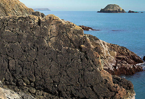 Pillow Lava - Nare Head (S21)