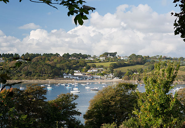 Passage Cove / Helford Passage