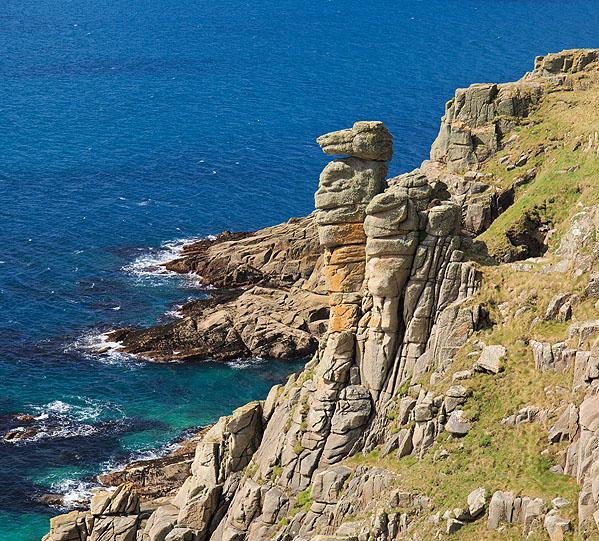 The Bishop / Camel Rock