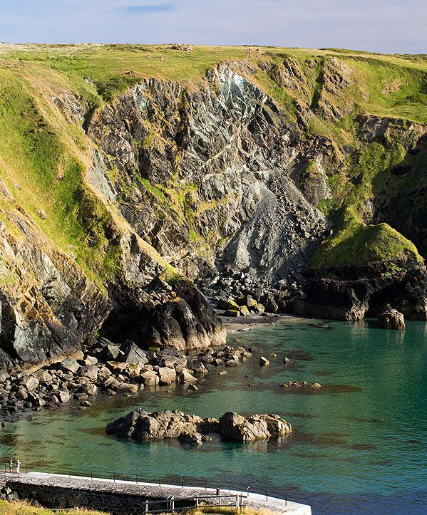 Soapstone - Mullion Cove (S17)