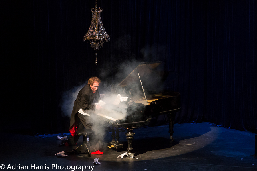 Adrian Harris Photography-The Pianist-9779