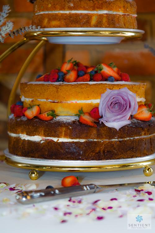 270-CA WR Wedding Cake