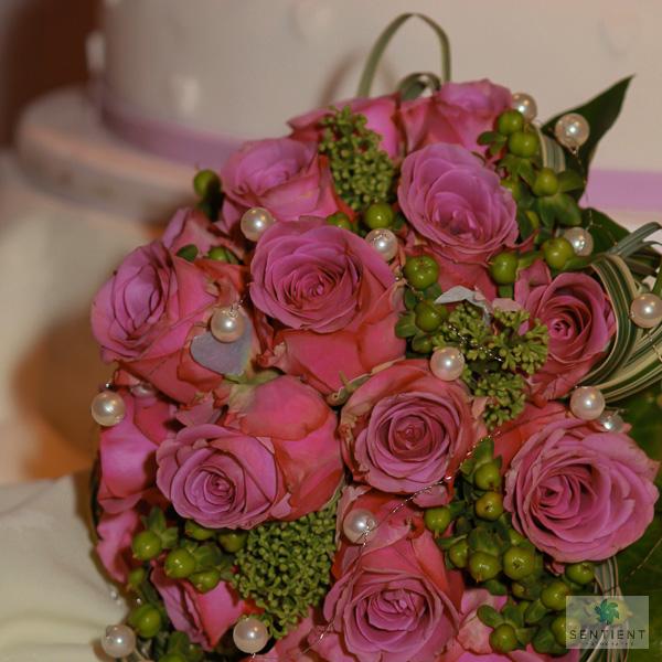 Bouquet & Wedding Cake