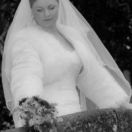 Bride, Bouquet & Bridge