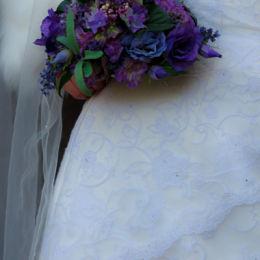 Wedding Dress & Bouquet Detail