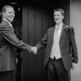 Groom & Best Man Shake Hands