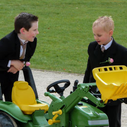 Page Boys Hatch A Plan