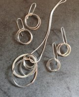 Interlinked silver rings