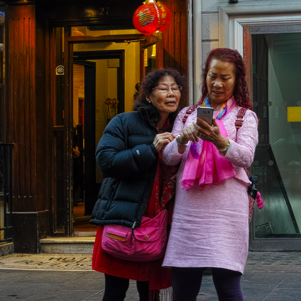 Chinatown Selfie Ladies