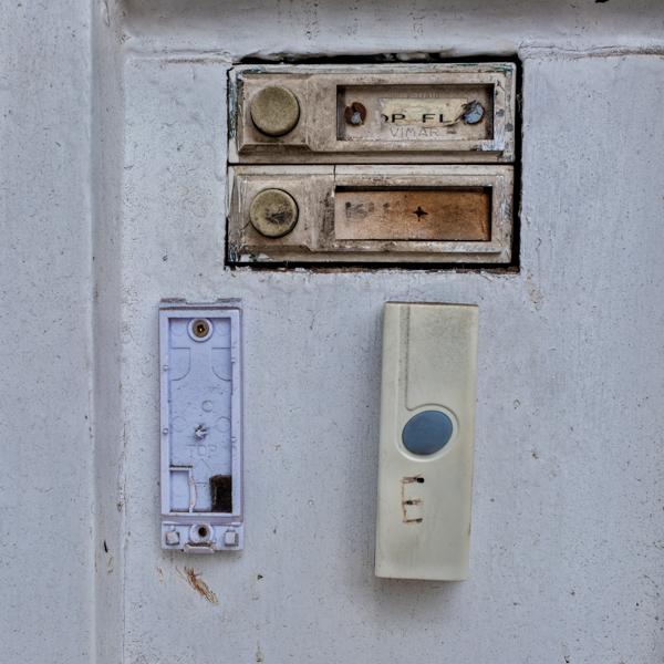 Doorbells of London--20