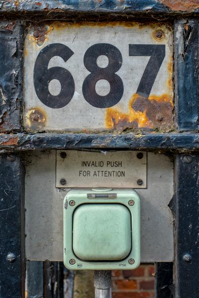 Doorbells of London--28