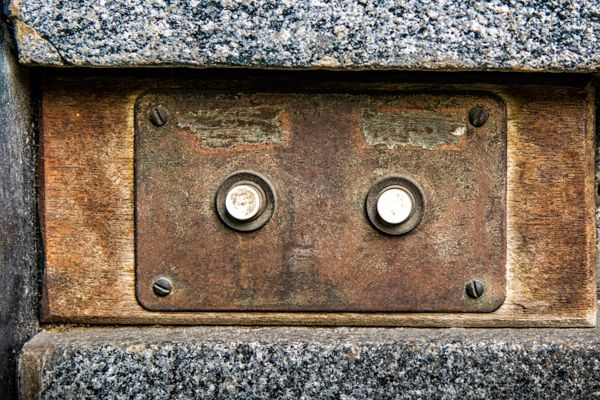 Doorbells of London--3