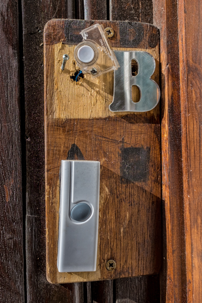Doorbells of London--5