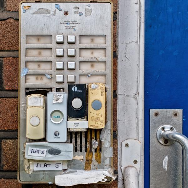 Doorbells of London--6