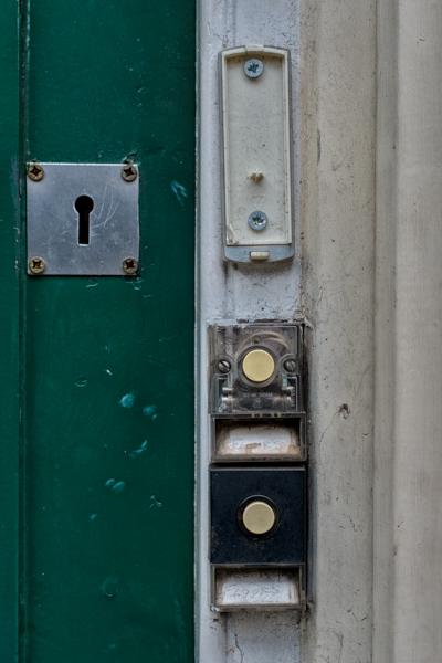 Doorbells of London--74
