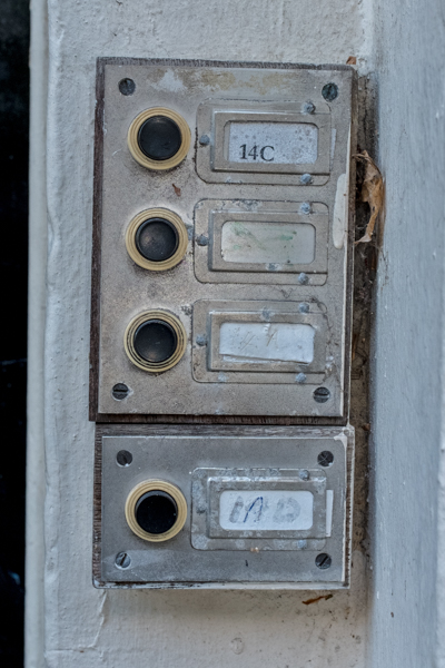 Doorbells of London--81