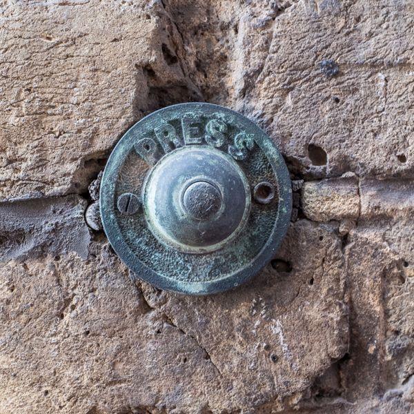 Doorbells of London-2833