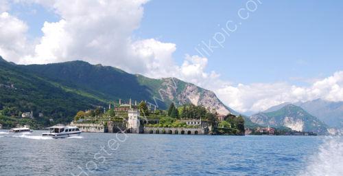 2 Islands on Maggiore ...