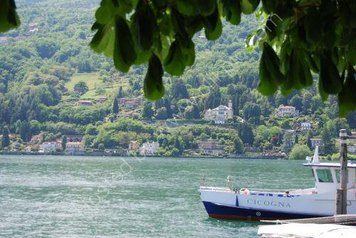 An Isola Pescatori lakeside scene