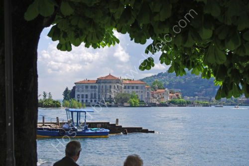 Looking at Isola Bella