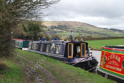 Moored on the bend !