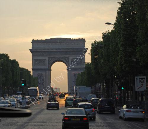 Sunset at the Arche de Triomphe