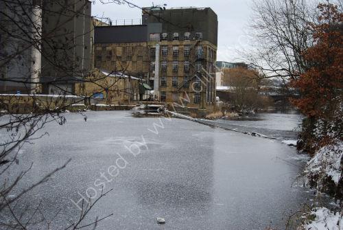Frozen River, above the weir
