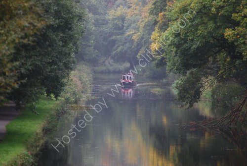 Early Autumn along the Calder & Hebble
