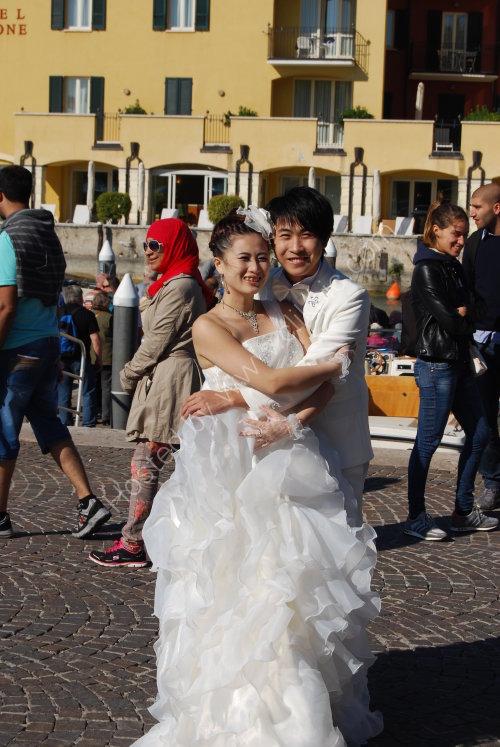 Wedding or wedding fashion photography ?