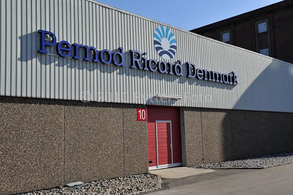 Pernod 140410 -2