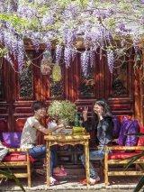 Lunch at LiJang