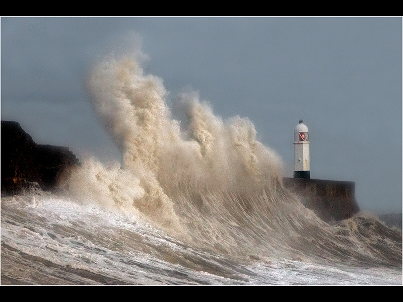 01 Top Storm Desmond by Robert Falconer