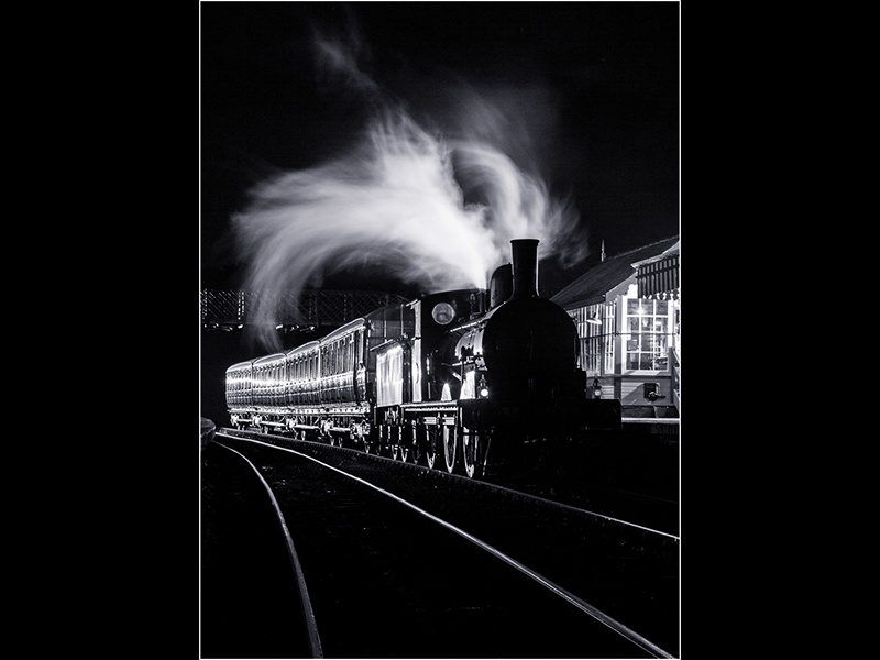 02 The Night Train HC Robert Falconer
