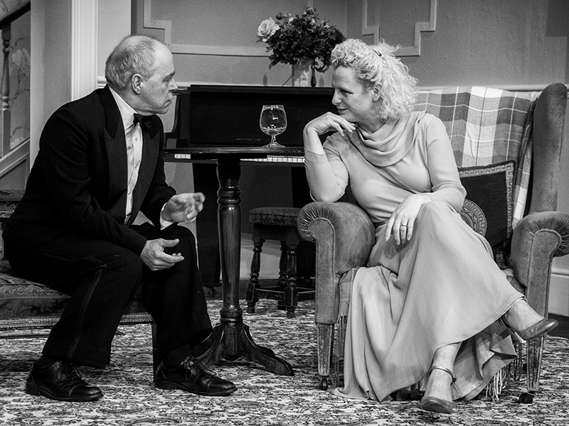 Blithe Spirit 2016 Hasland Theatre Company