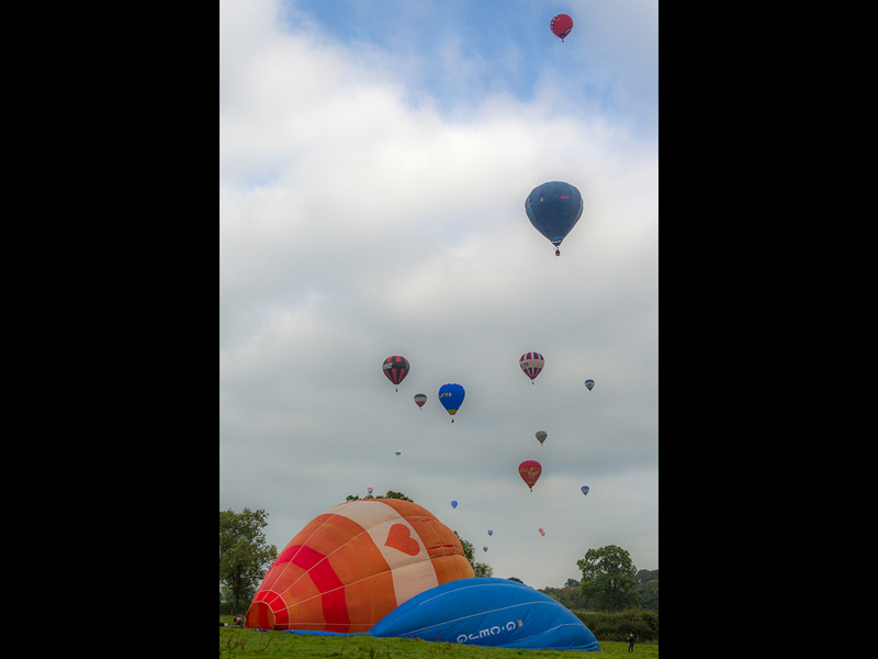 Com Up Up and Away by Doreen Dabell