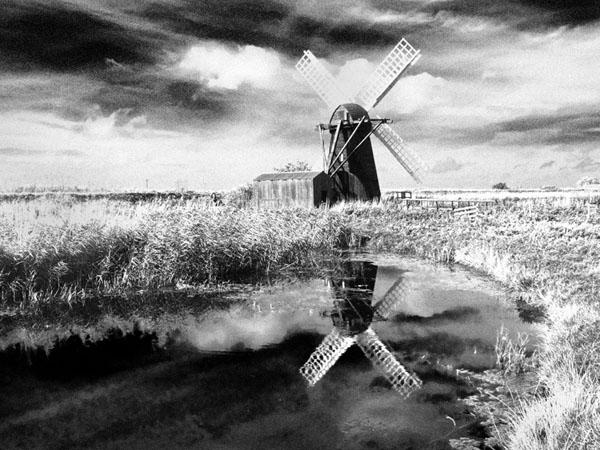 Herringfleet Reflections by Roy Millett AFIAP BPE4* APAGB