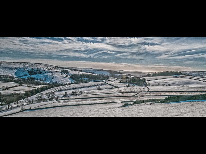 Winter over Bamford by Steve Mallender Com