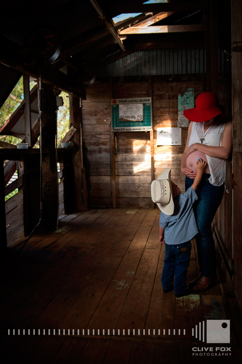 Maternity Pregnancy Photography Jesse Curran Woolshed2 Queensland