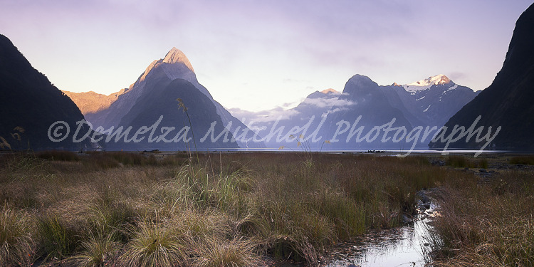 Milford Sound, Dawn