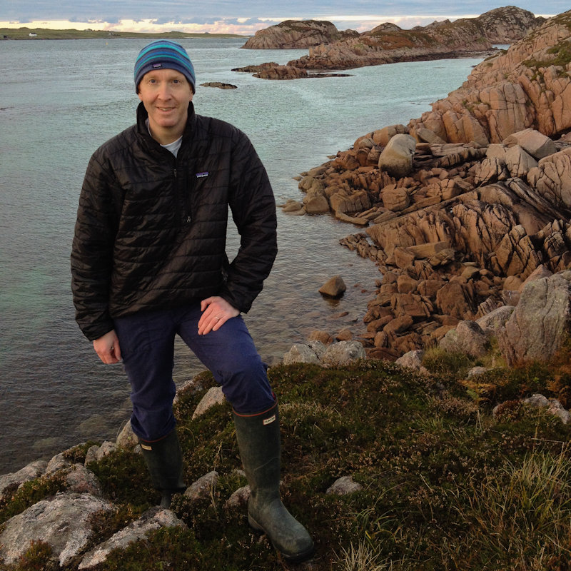 At Fionnphort, on the Ross of Mull, October 2014 (photo taken by my daughter, Mhairi!)