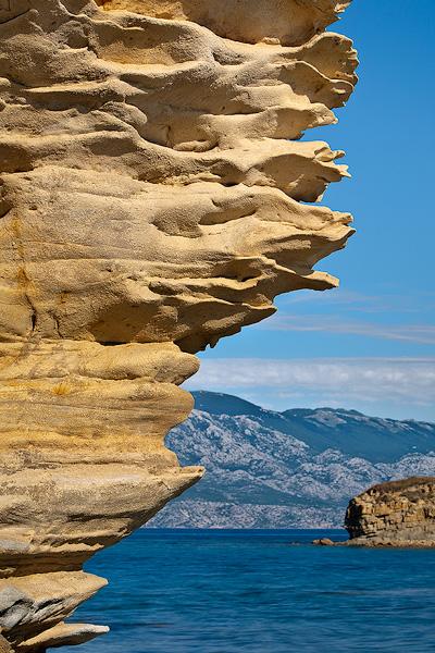 Vertical Sandstones