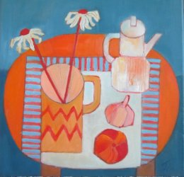 Coffee pot and daisies