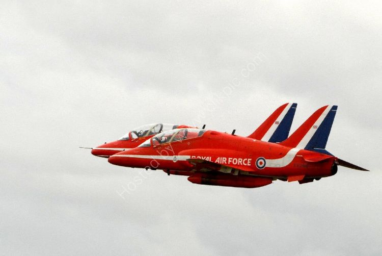 Aircraft - The Red Arrows (Hawk TI) - Close Formation