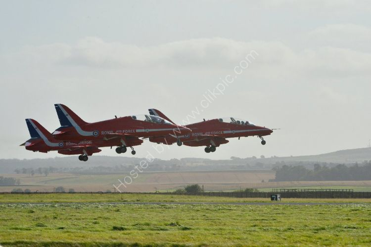 Aircraft - The Red Arrows (Hawk TI) - Take-Off