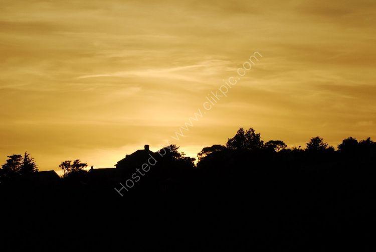 JERSEY Gold Sky Sunset