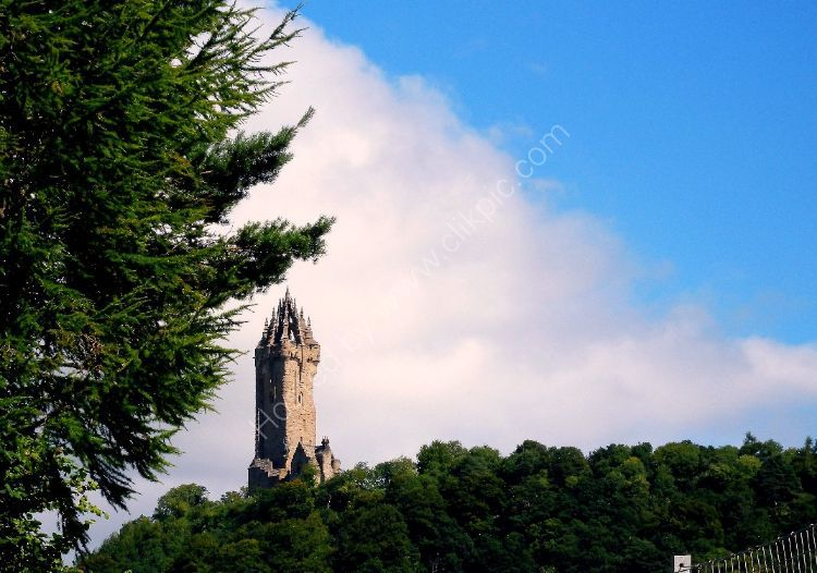 Monument - Wallace Tower, 67m high, Abbey Craig, Stirling commemorating Sir William Wallace, Guardian of Scotland