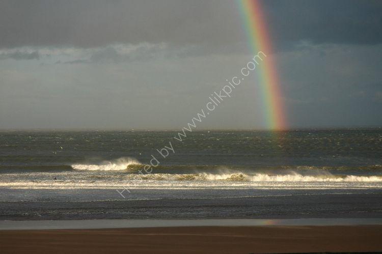 SCOTLAND - Rainbow Surfer