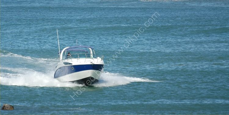 SOUTH AFRICA - Speedboat