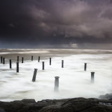 Storm batters the old pier