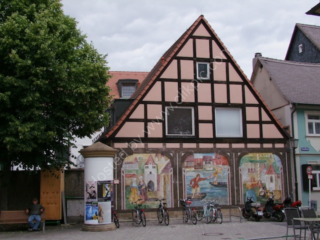 Murals on Bamburg House